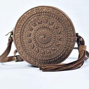Handbags - NEW! Whipstitch Braided Circle Crossbody Bag
